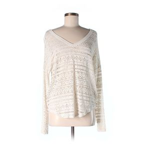 White Ivory crochet pullover sweater top! Cute!